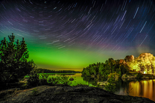 [Thousand Islands moving stars by Haoran Liang, Thousand Islands, ON]